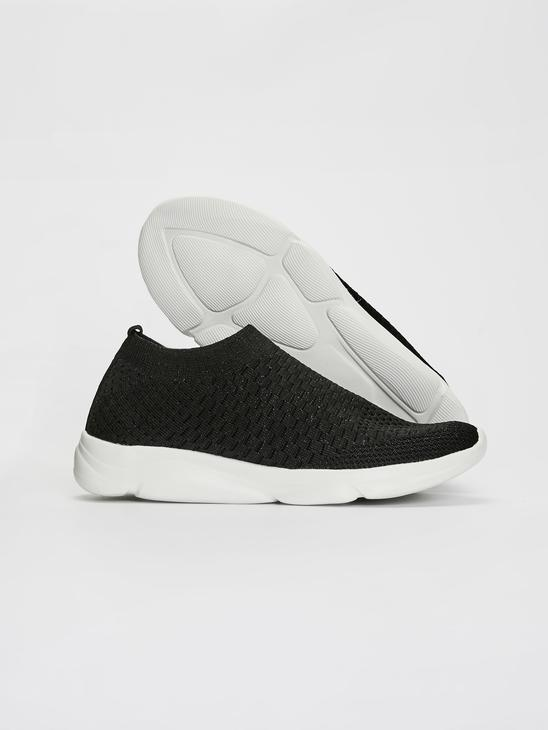 BLACK - Training Shoes - 0S7734Z8