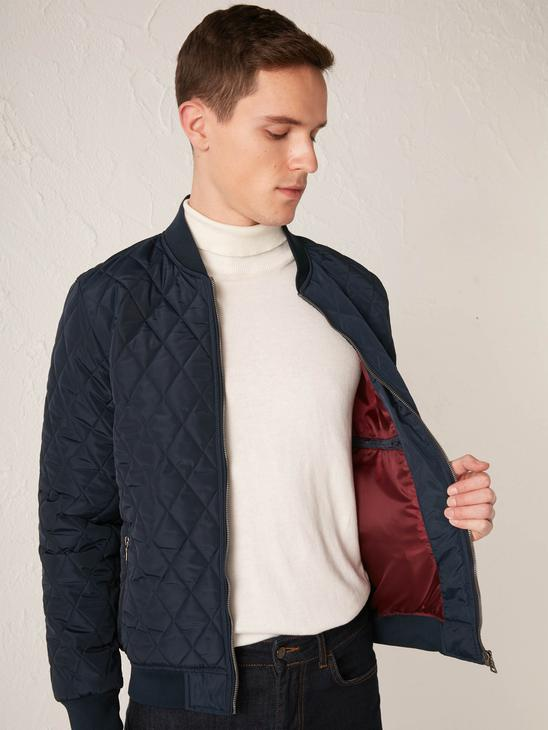 NAVY - Comfortable Fit Quilted Figured Short Coat - S10661Z8