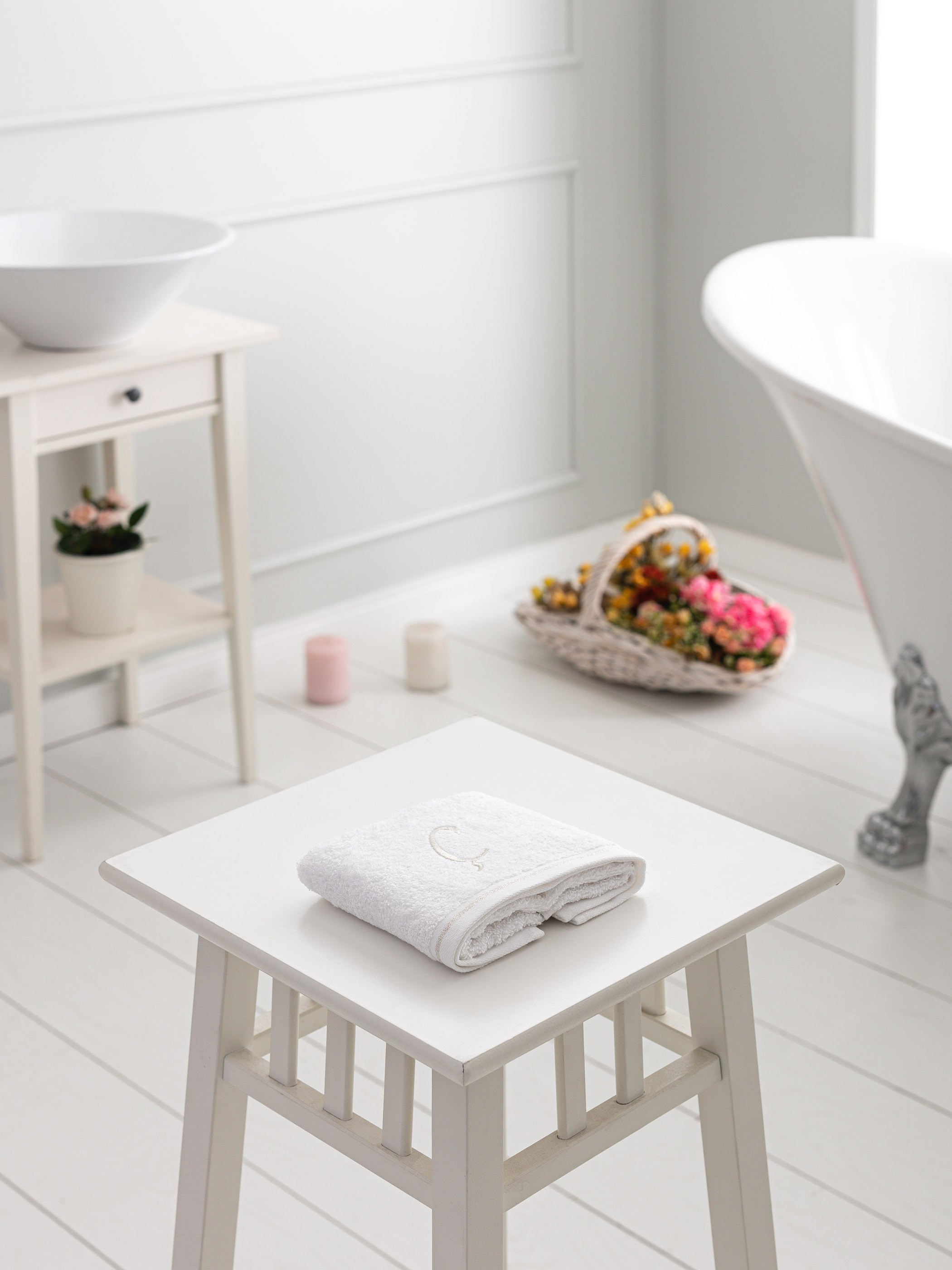 WHITE - Hand Towel - 9WH384Z8