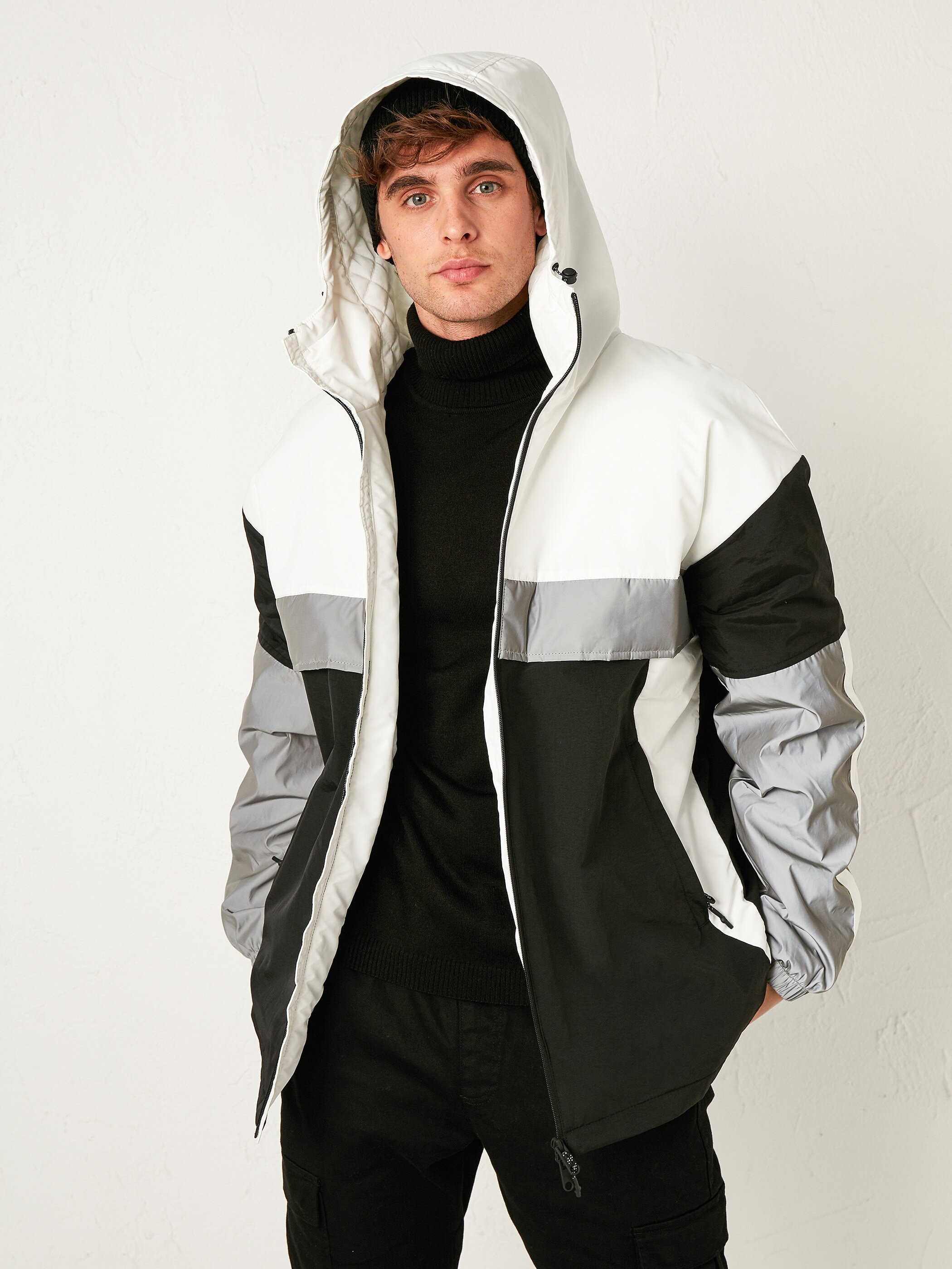 WHITE - Stand-Up Collar Short Coat with Hood - S11151Z8