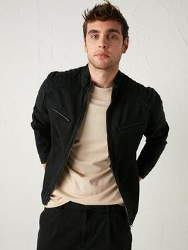BLACK - Standard Fit Jean Jacket