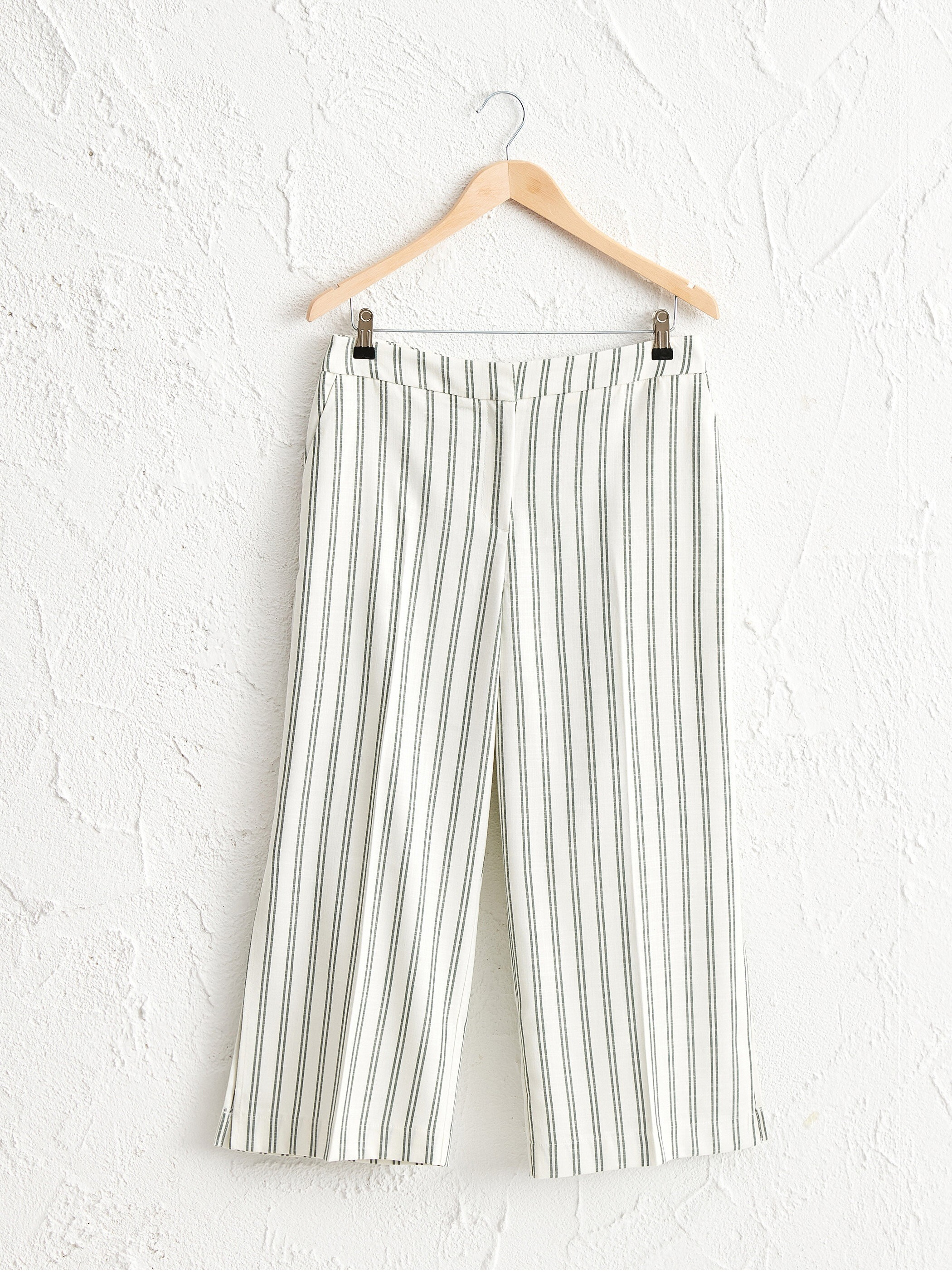 GREEN - Ankle Length Striped Loose Leg Trousers - 0SBE04Z8
